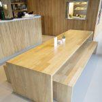 mesa madera maciza hotel arima Zuhaizki